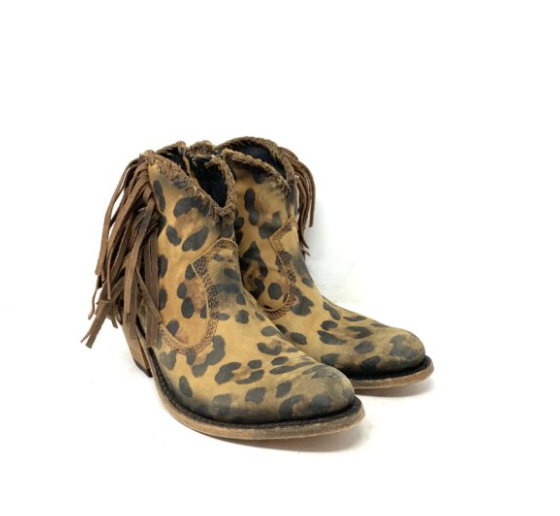 Example image of boots from Kemo Sabe against a plain white background.
